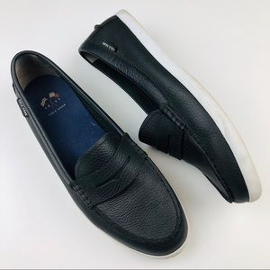 Cole Haan Black leather Nantucket loafer flat 10.5